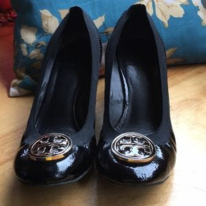 Tory Burch Black Caroline Wedge Size 8 1/2